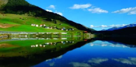 Davosersee_Landschaft_Sommer_GIGI0086